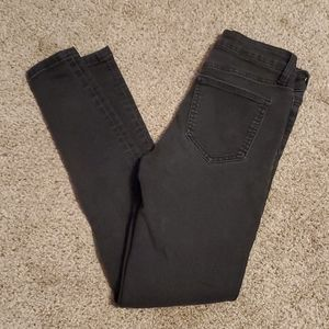 Celebrity Pink Mid Rise Skinny Jeans 3/26